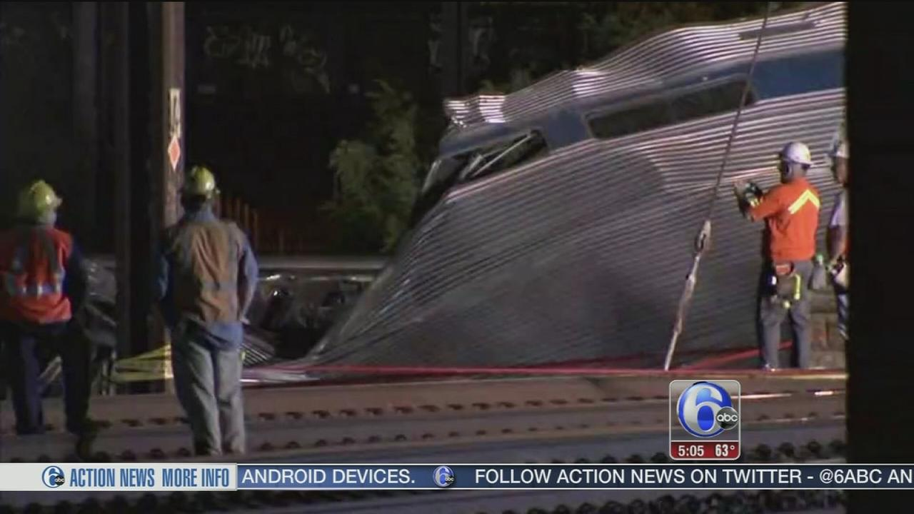 VIDEO: Train crash Amtrak