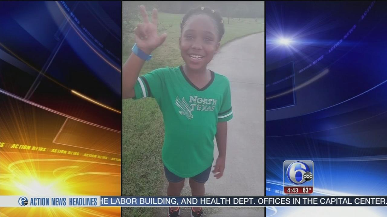 VIDEO: 8-year-old girl given early acceptance, college scholarship