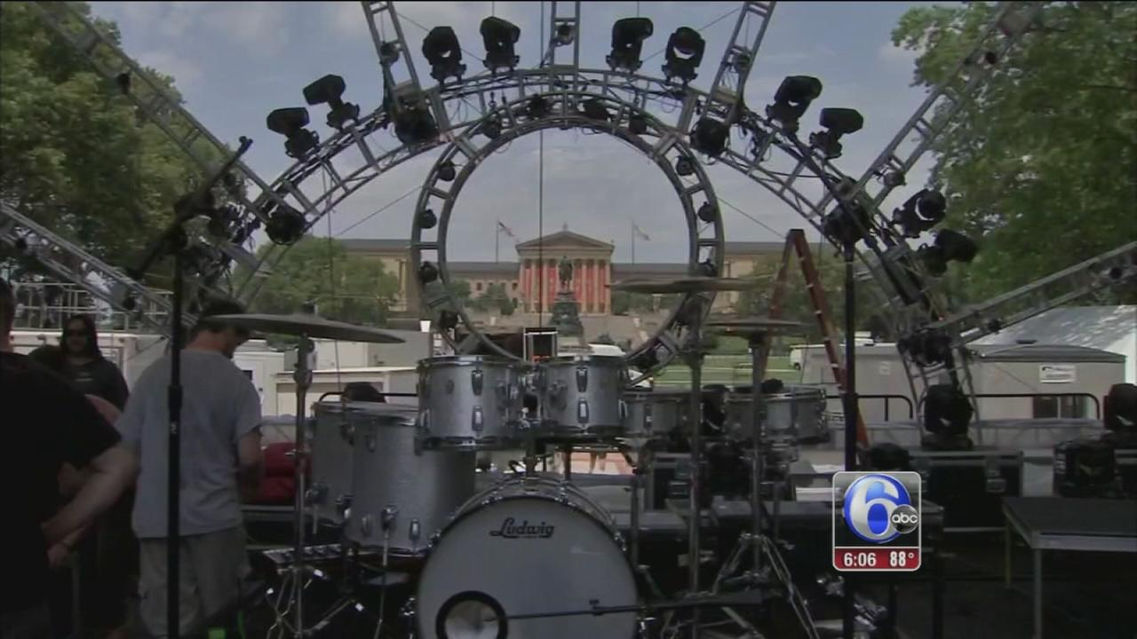 VIDEO: Final preps on Fourth of July festivities in Phila.
