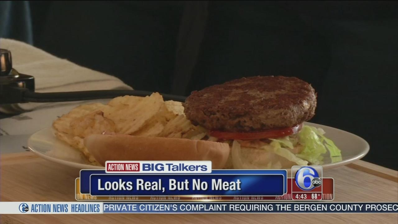 VIDEO: Meatless burger grown in Silicon Valley lab bleeds like a real burger