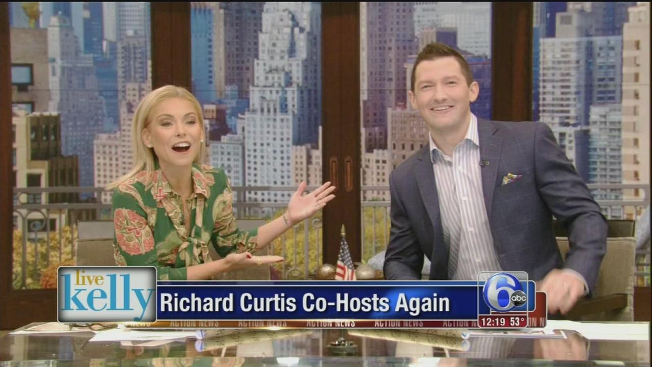 VIDEO: Richard Curtis co-hosts again