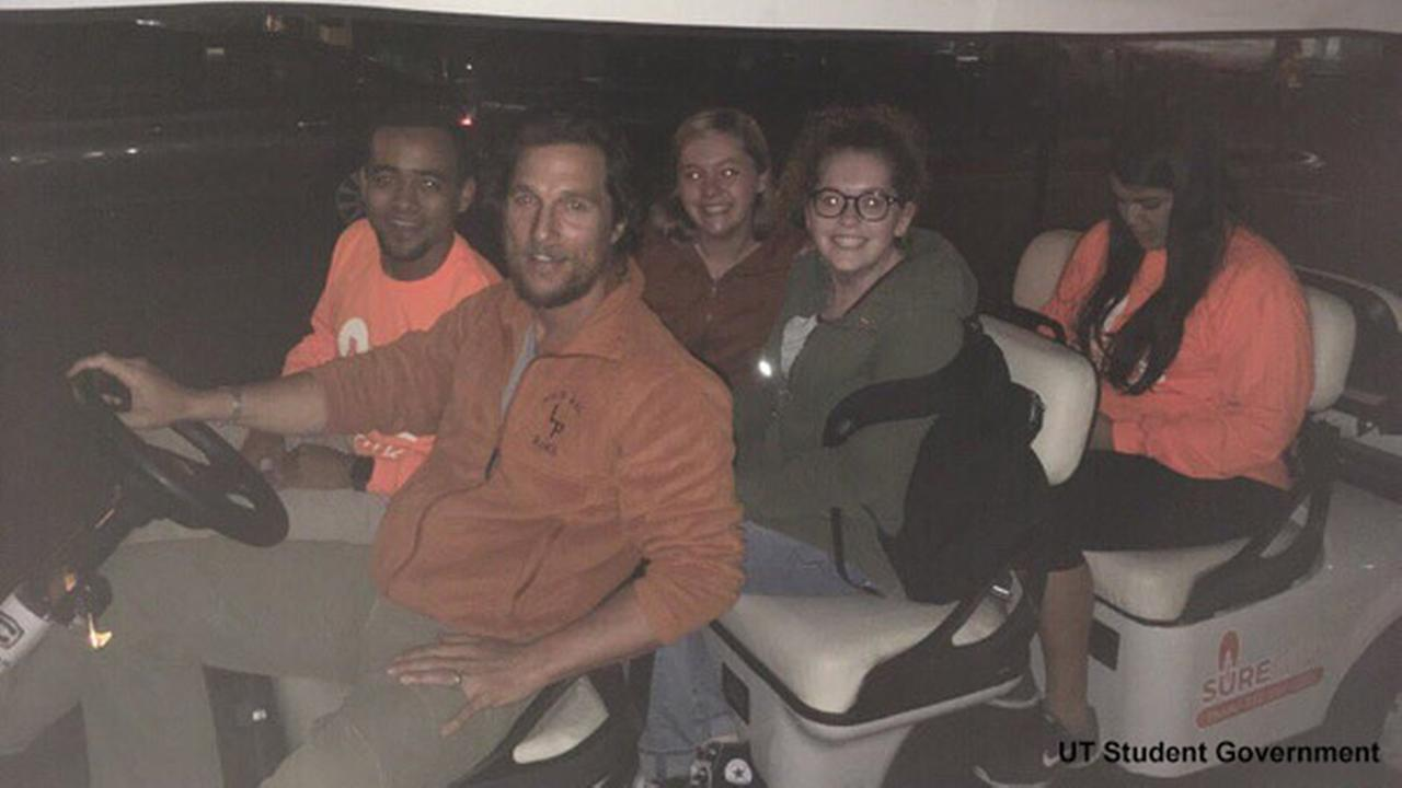 Matthew McConaughey gives ride home to UT students