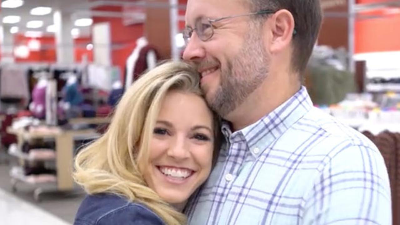 Atlanta couple donates entire wedding registry to charity