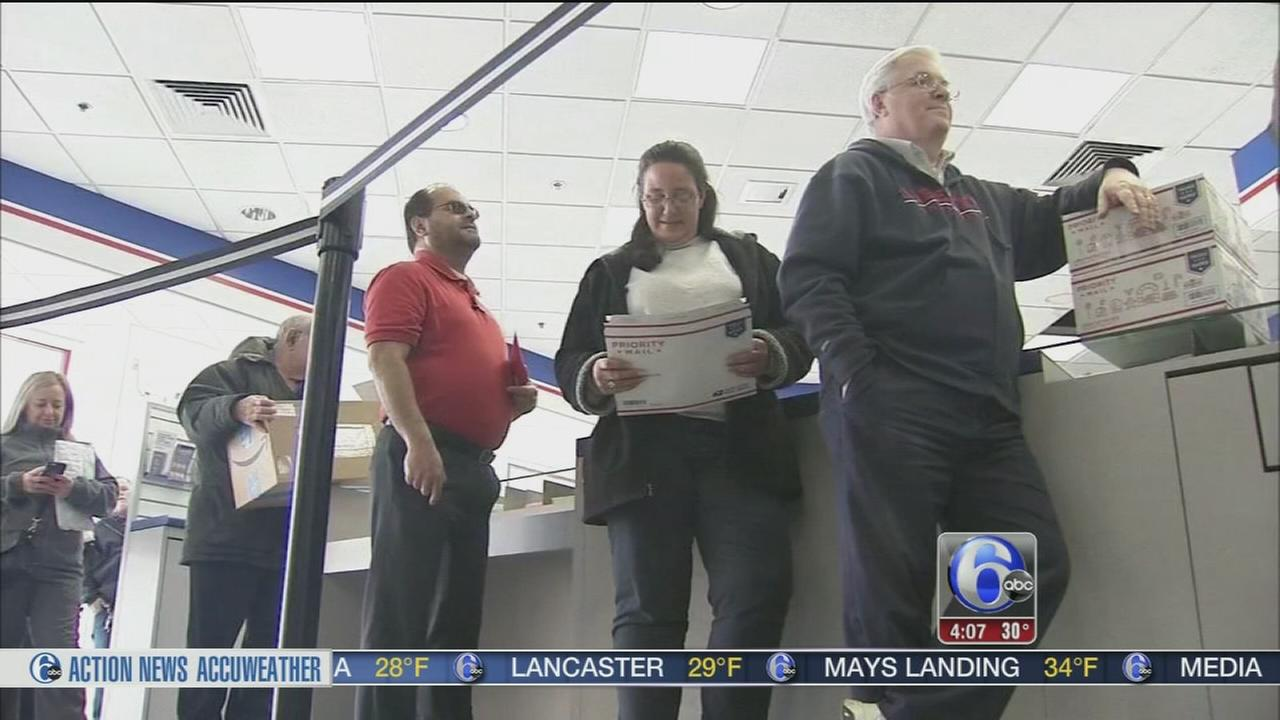 Long lines for busiest mailing day of the year