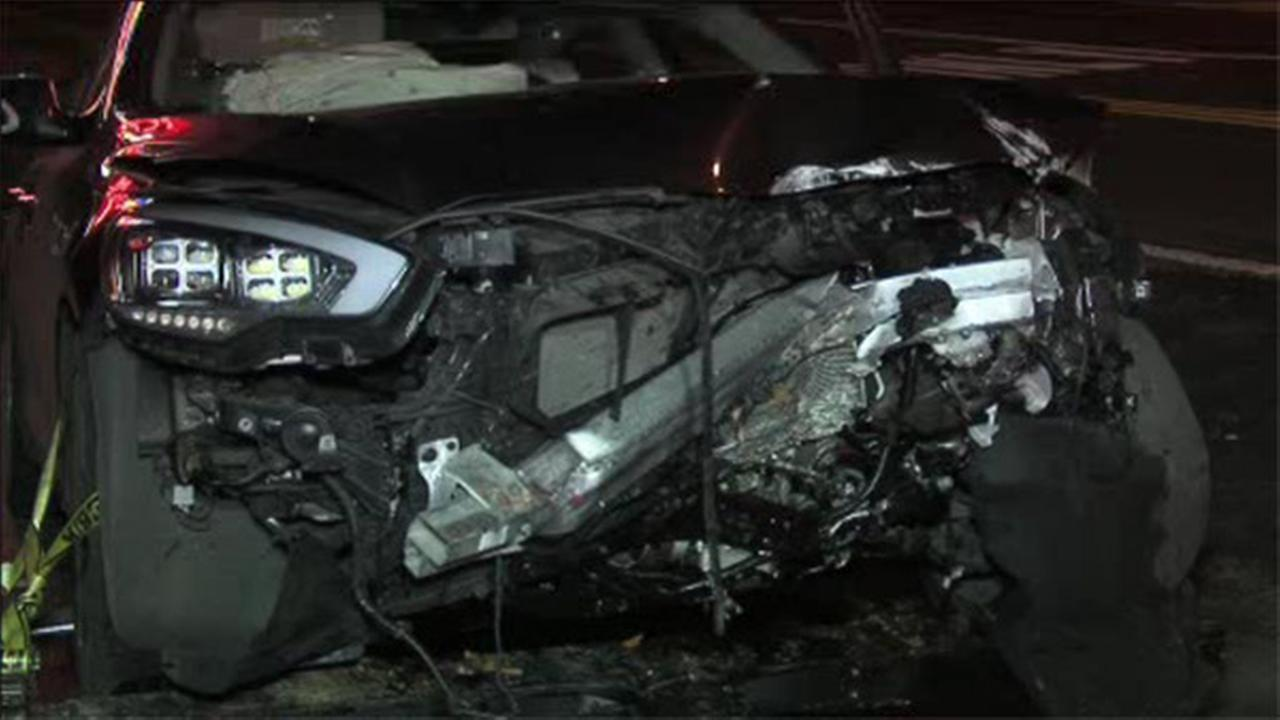 2 Women Injured In Crash On Lincoln Drive 6abc Com