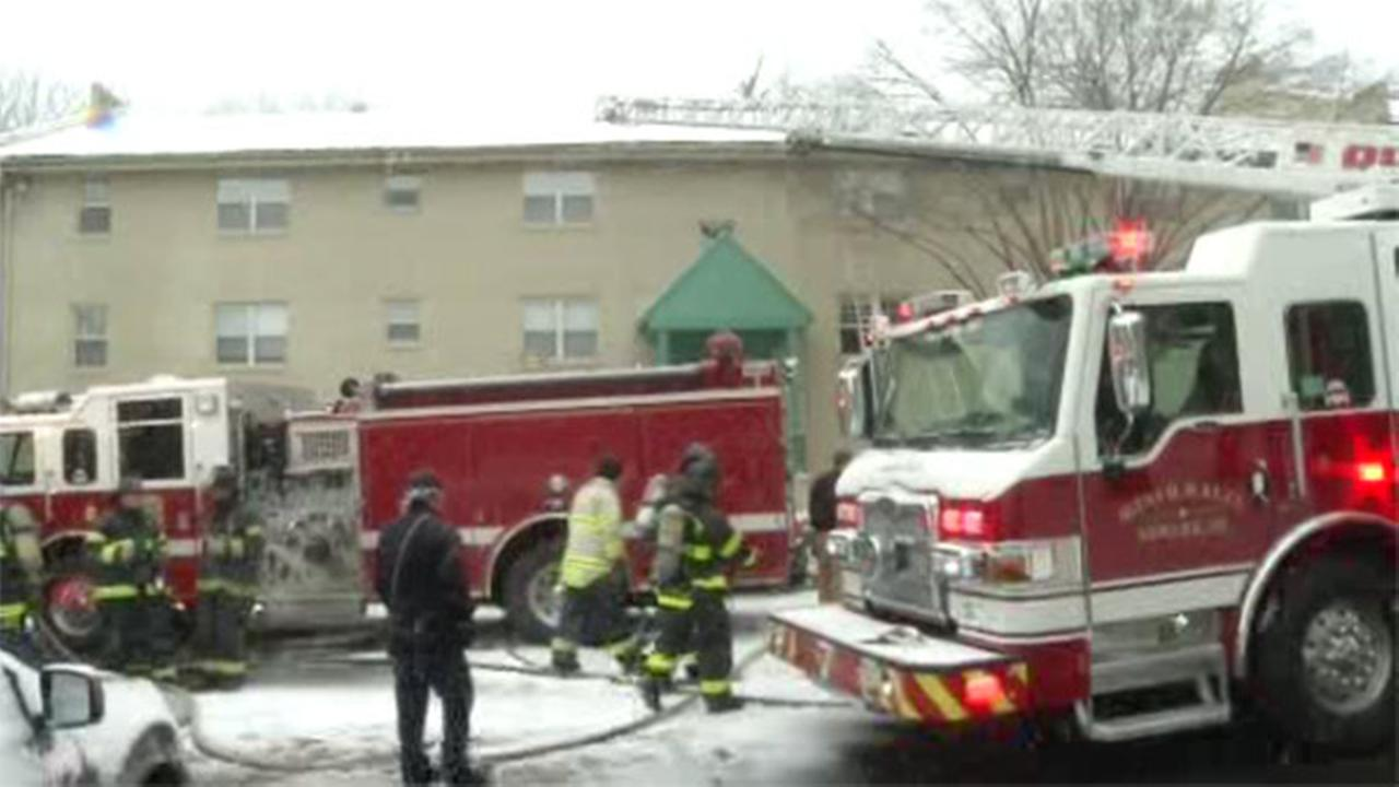 Fire forces residents from Delaware apartment building