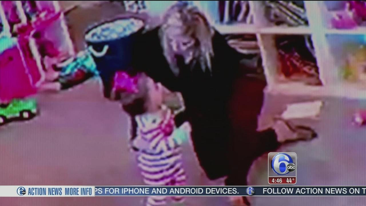 Texas mom saves her choking child