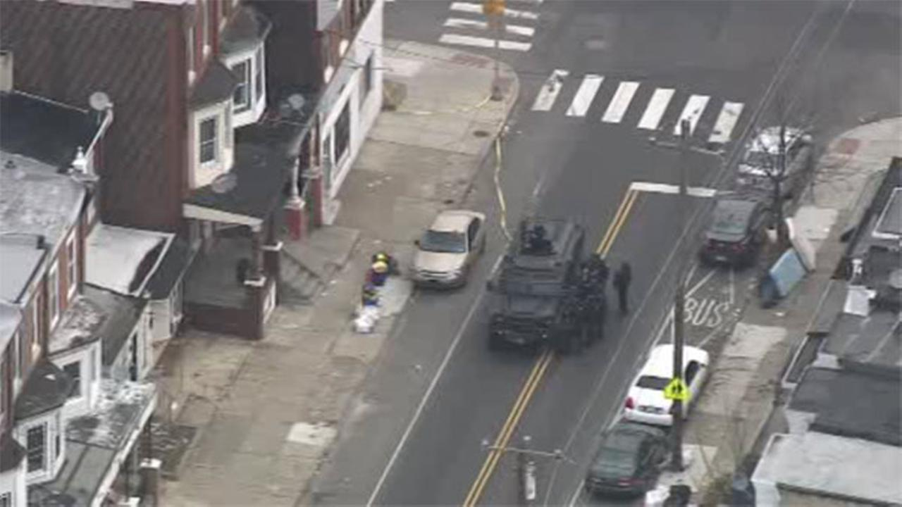 Barricade situation ends in Port Richmond; suspect at large