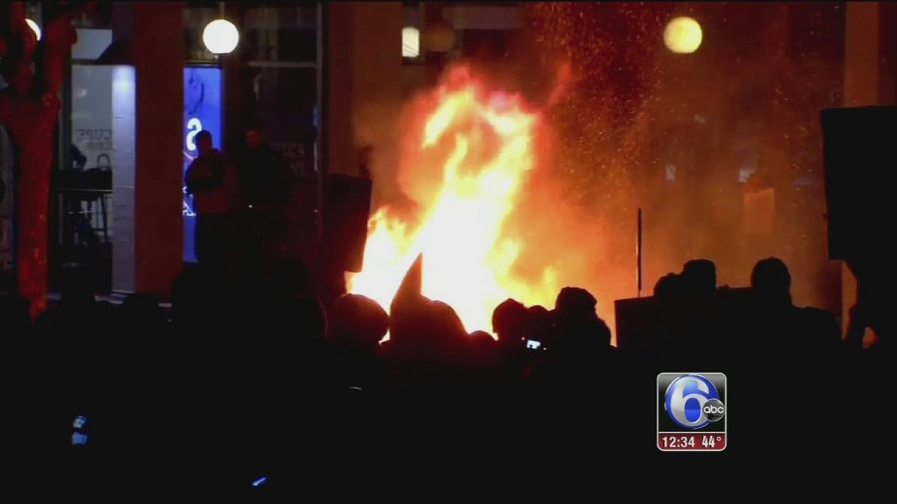 Breitbart editors Berkeley talk nixed amid violent protest