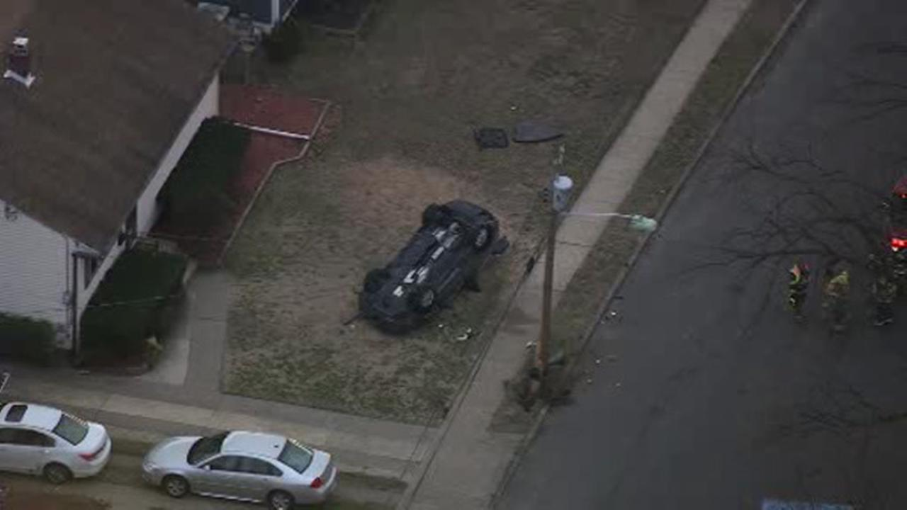 Car hits pole, overturns injuring driver in Palmyra