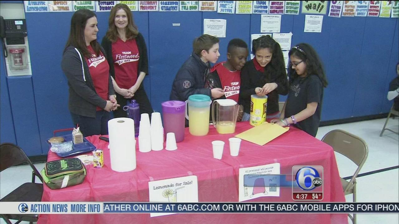 Lemonade stand for welcoming newcomers