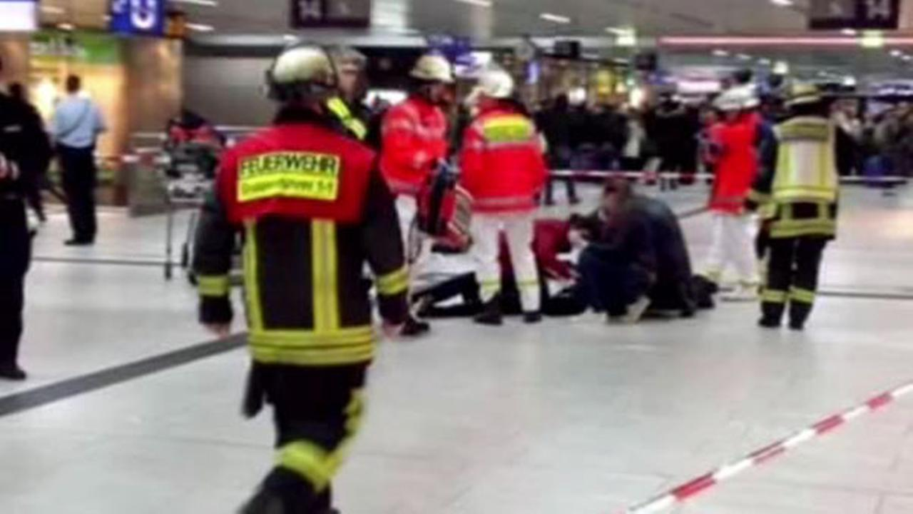 German police: Italian tourists among victims of ax attack