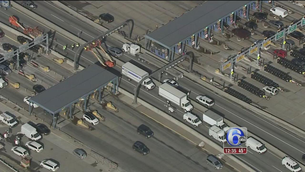 E-ZPass express lanes closed for construction