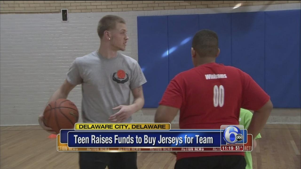 Del. teen raises funds to buy jerseys for team