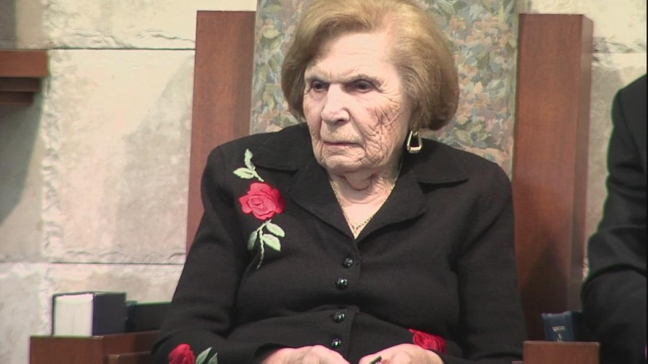 Holocaust Remembrance Day: Survivor shares her story to NJ synagogue