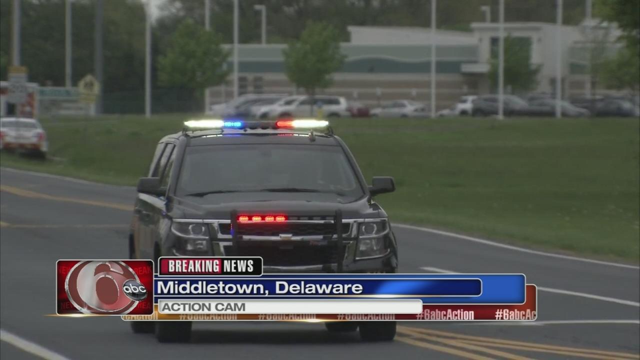 State police trooper shot in Del., suspect sought