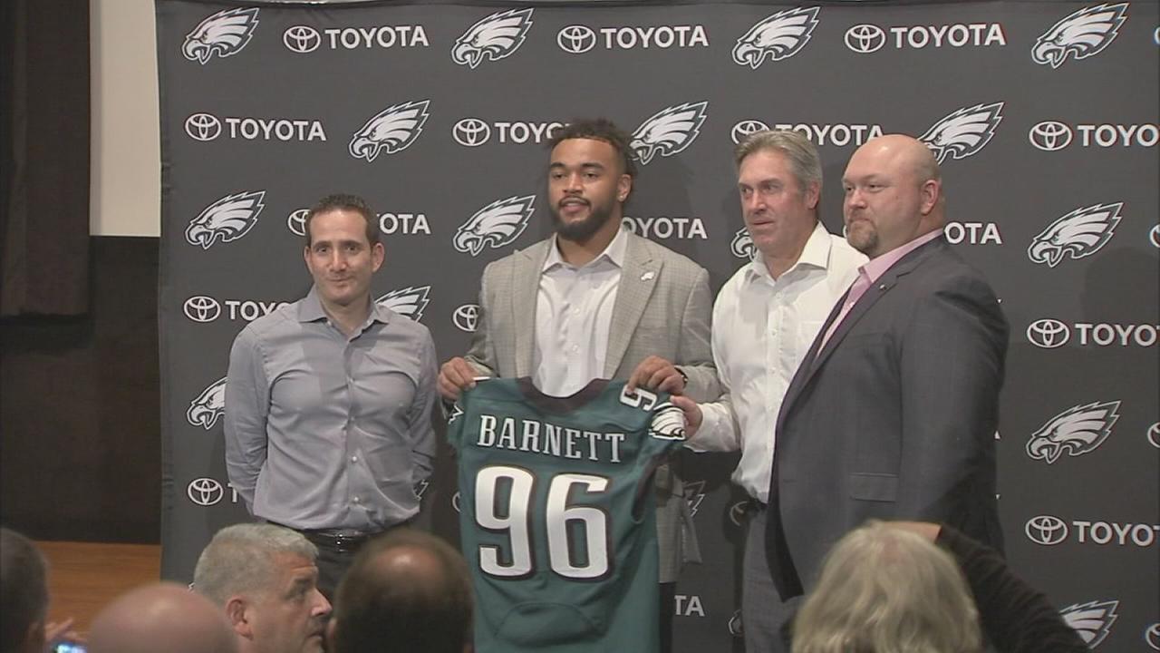 Sports Flash: NFL draft, Eagles 1st round pick of Derek Barnett