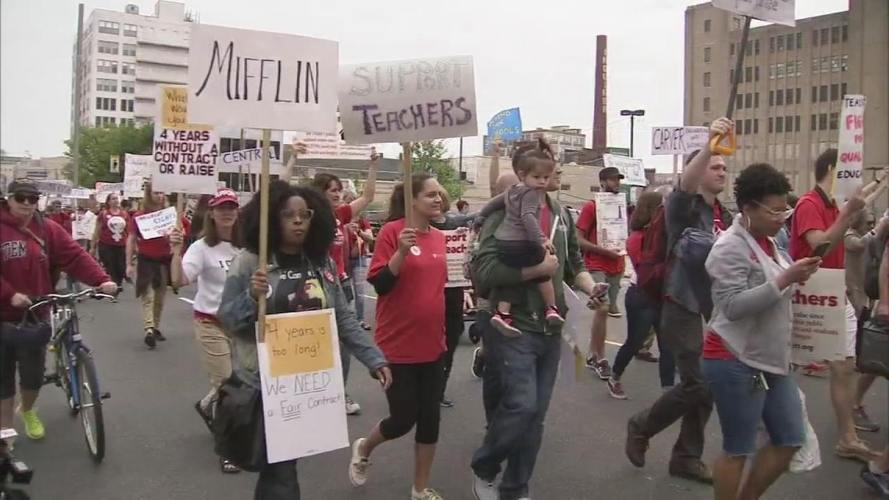 Teachers protest in Philadelphia