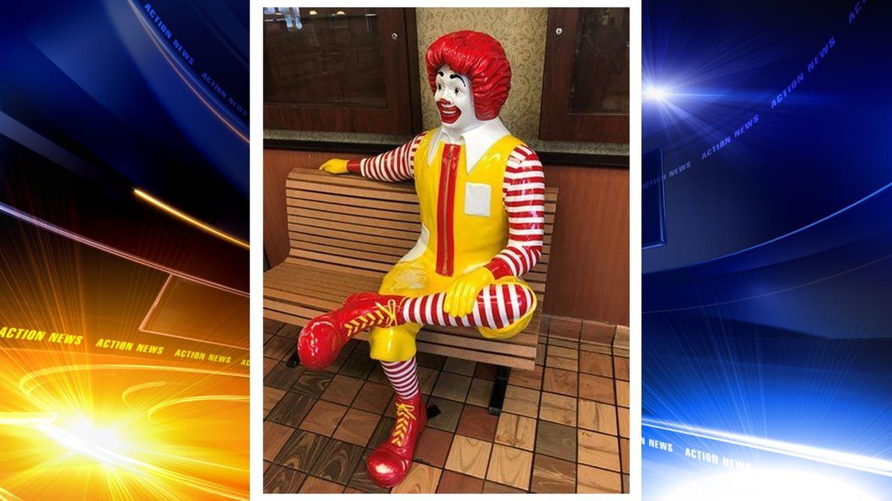 Ronald McDonald statue stolen in Clinton, New Jersey, $500 reward offered