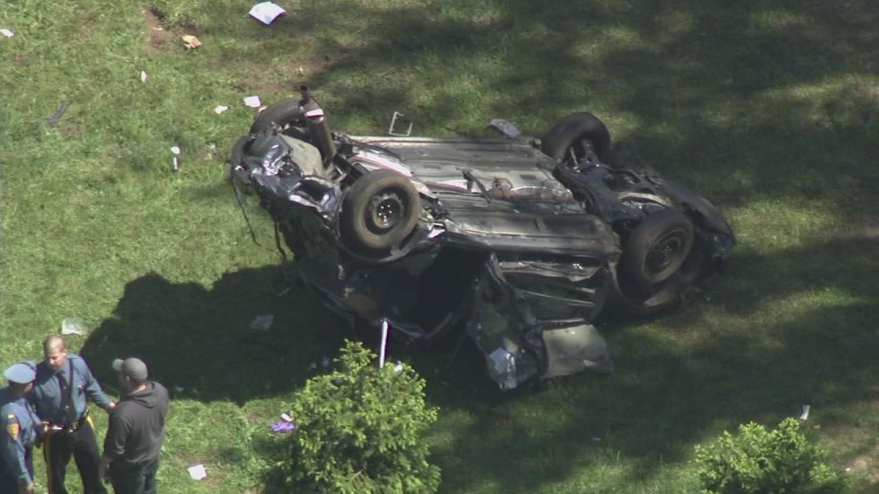 Chase on NJ Turnpike ends with crash in Burlington Co.
