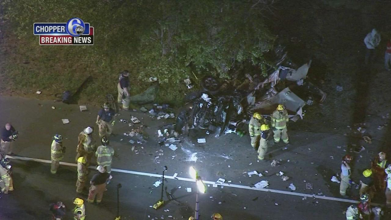 2 injured in Gloucester County crash