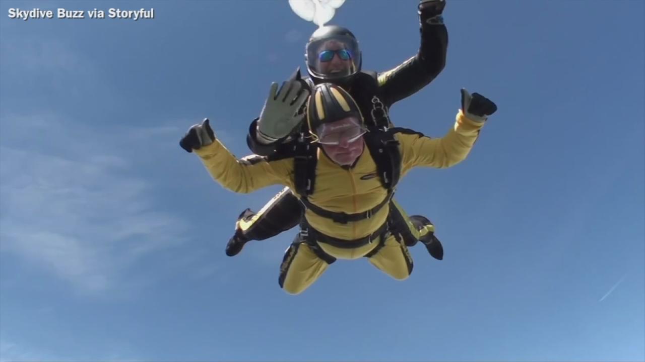 VIDEO: Veteran becomes worlds oldest skydiver