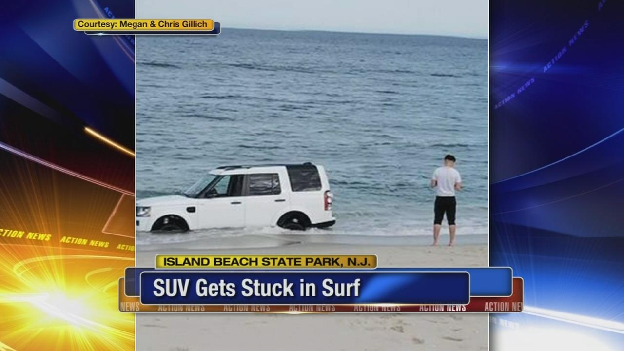 SUV gets stuck in surf at Jersey Shore