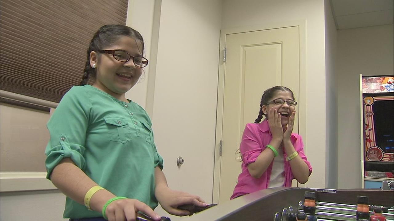 Double-lung transplant for twin sisters
