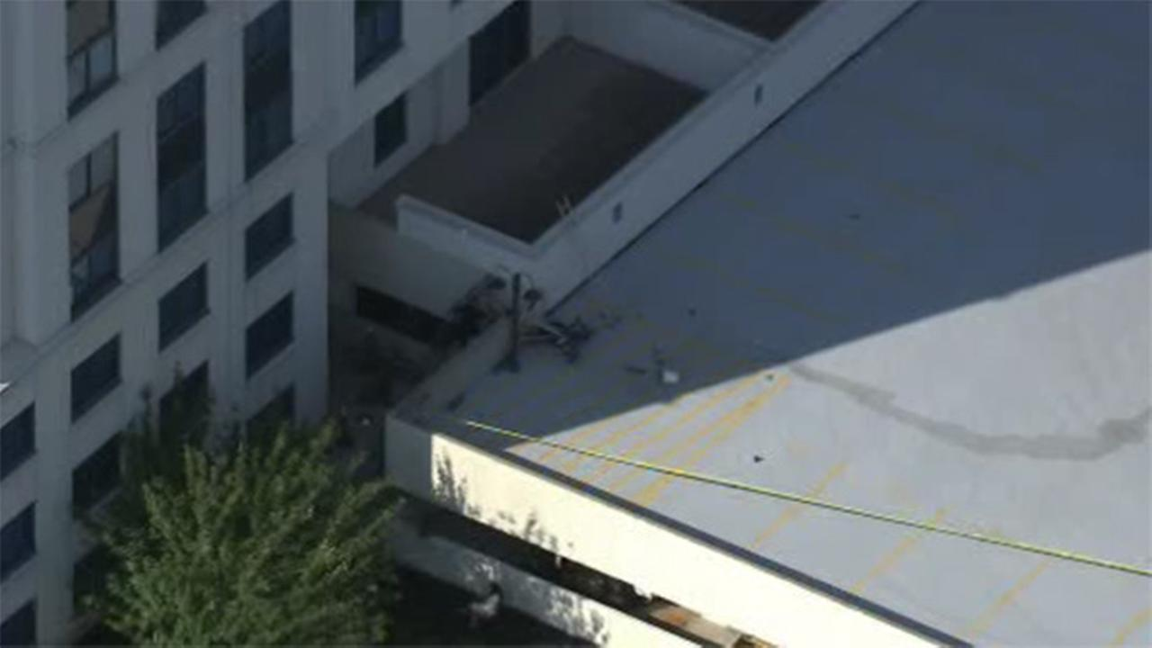 Window washer dies after falling from Cherry Hill building