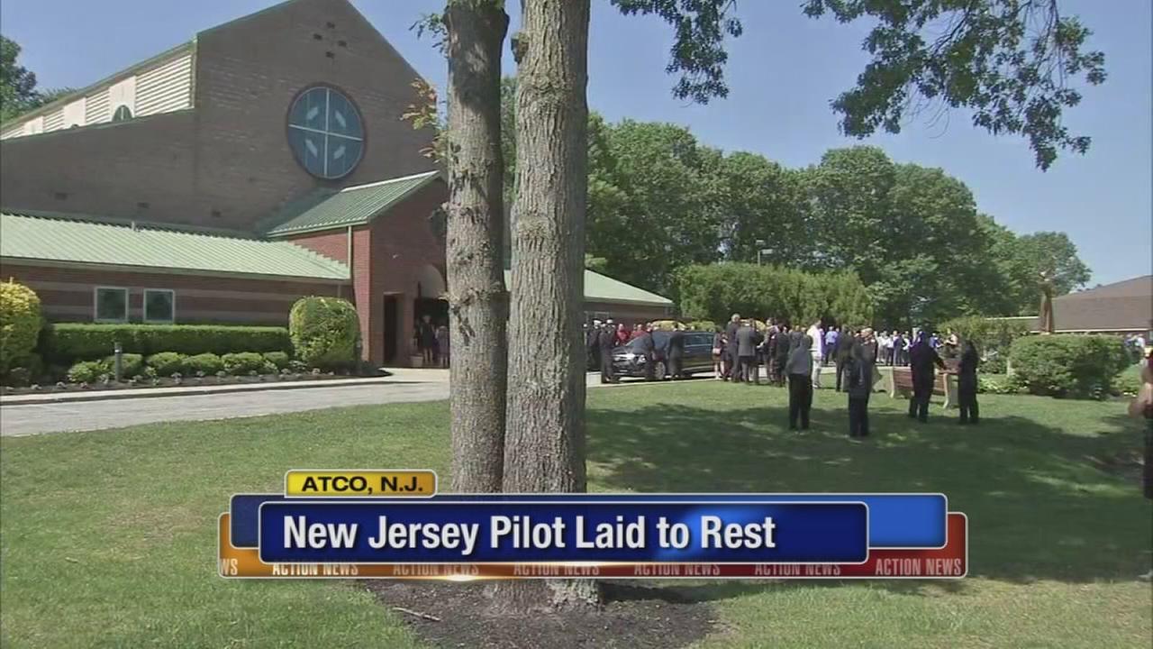 Funeral held for pilot killed in chopper crash