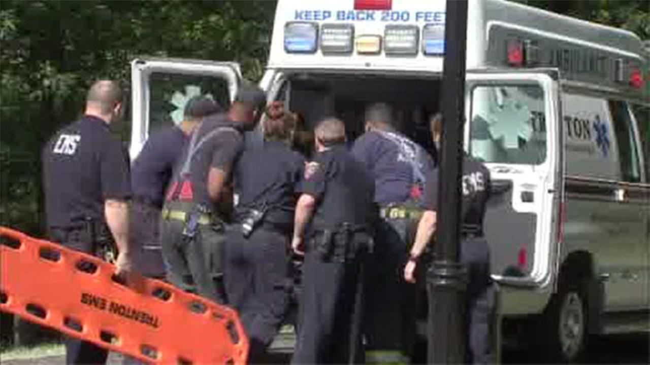 Good Samaritan rescues man from creek in Trenton