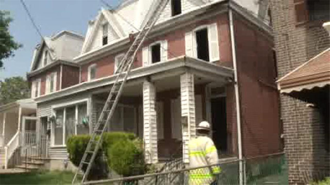 Fire damages 3 homes in Wilmington