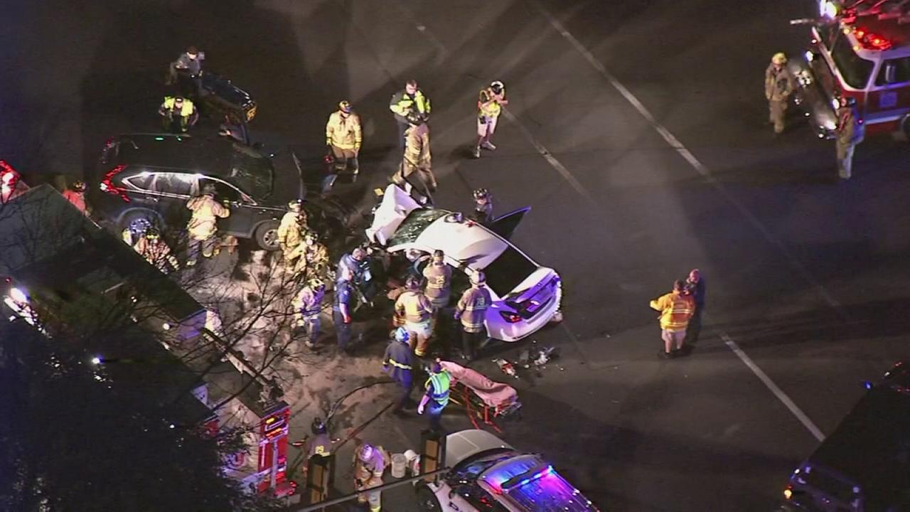 Head-on crash in Horsham, 1 dead, 1 injured