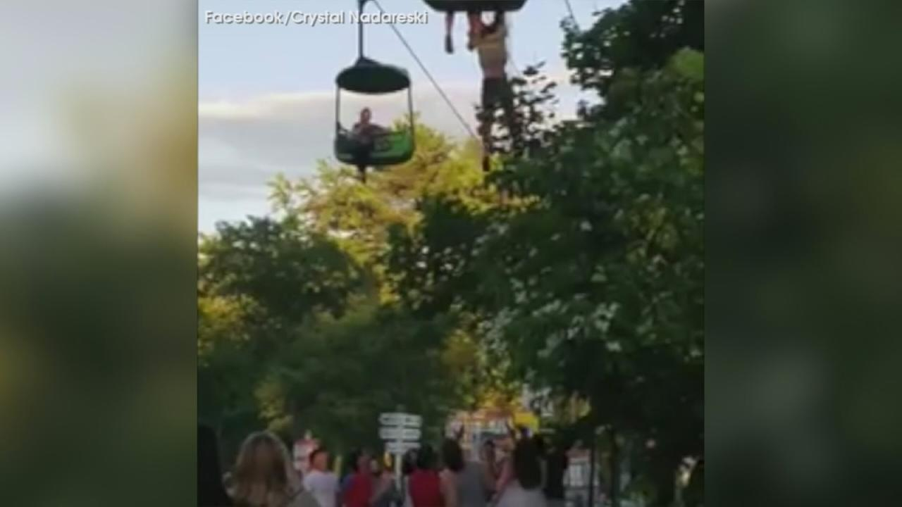 Crowd catches Del. teen falling from ride