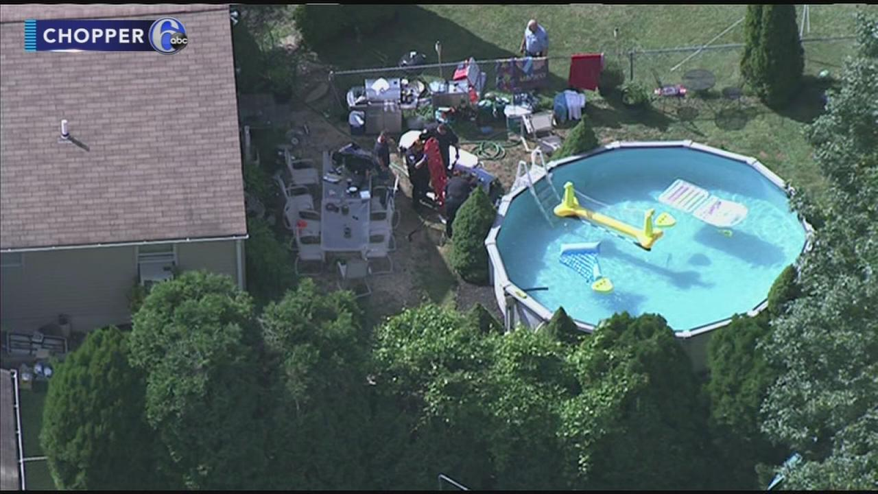 Teen pulled from swimming pool in Ridley Township
