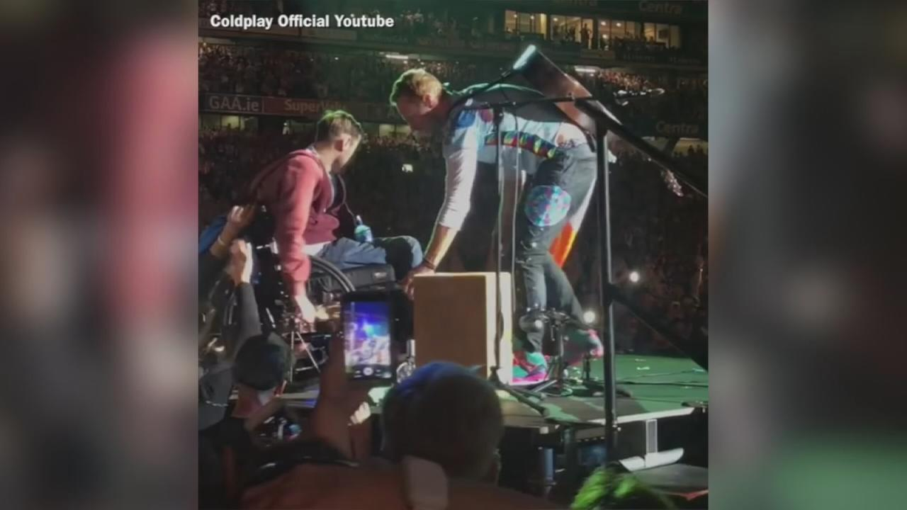 VIDEO: Coldplay fan joins Christ Martin on stage