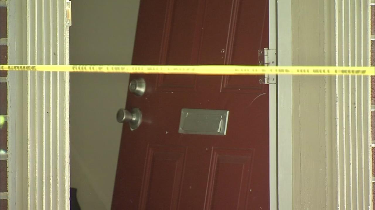 2 dead, 3 injured in South Philadelphia shootings