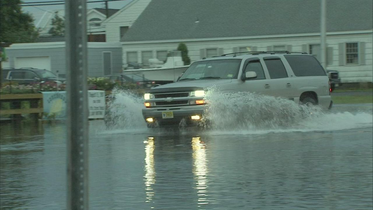 Strong storms cause flooding