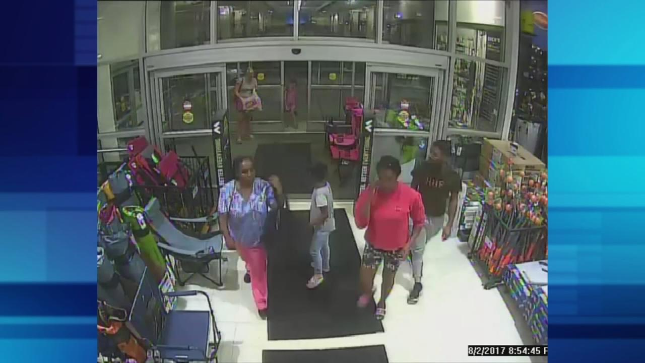 Shoplifters steal $2,500 in merchandise from Montco store