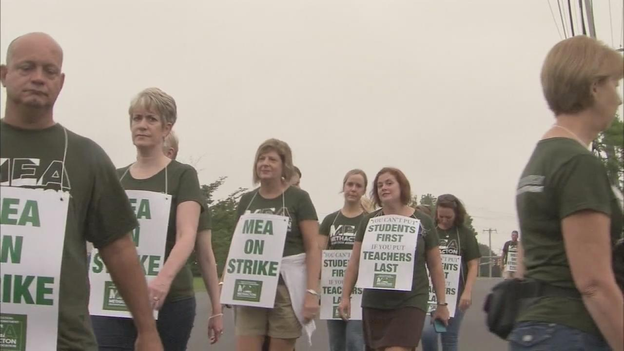 Methacton School District cancels Tuesday classes as teacher strike continues