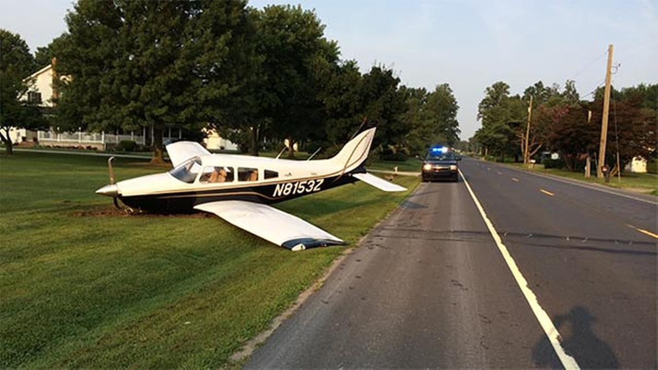 Plane crashes after landing at Delaware airport