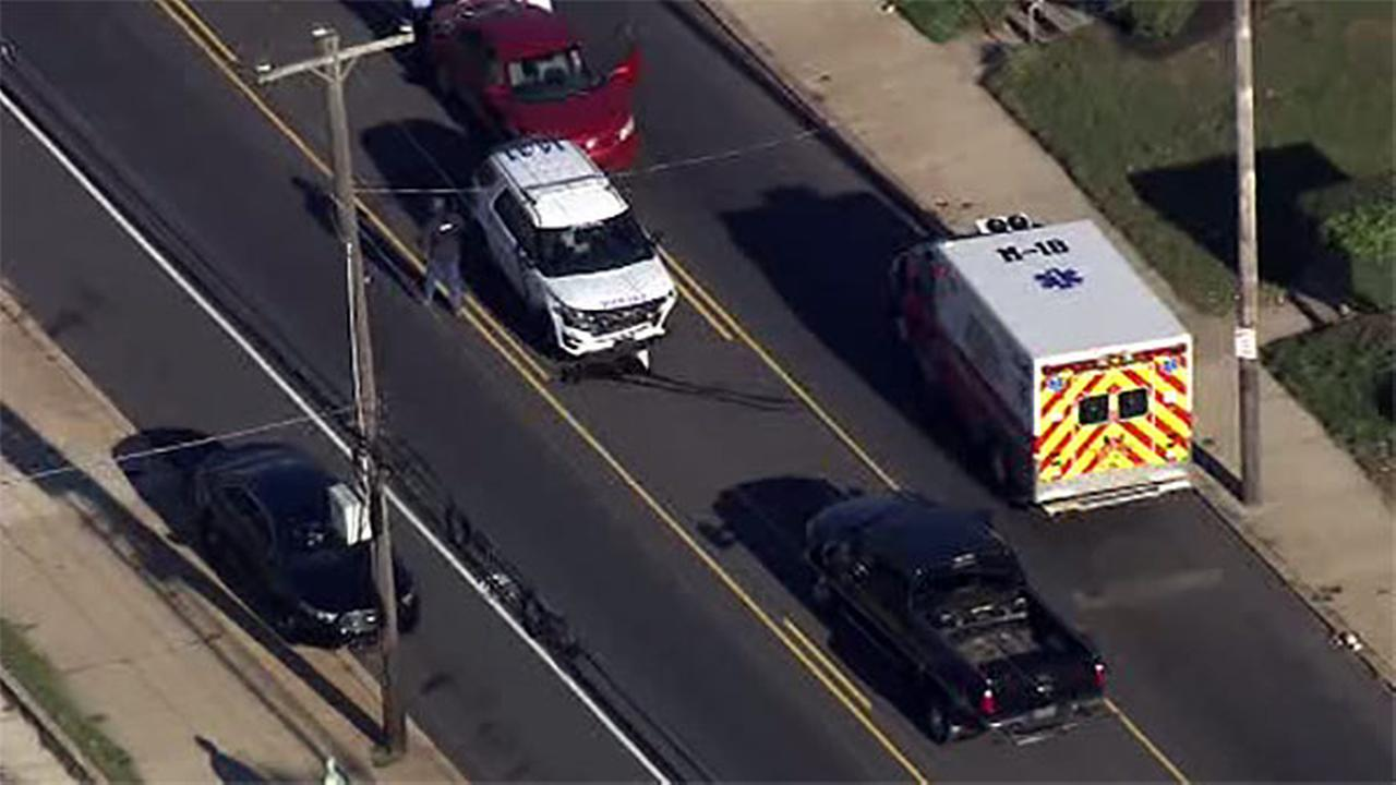 Police officer hurt in crash in Germantown section of Philadelphia