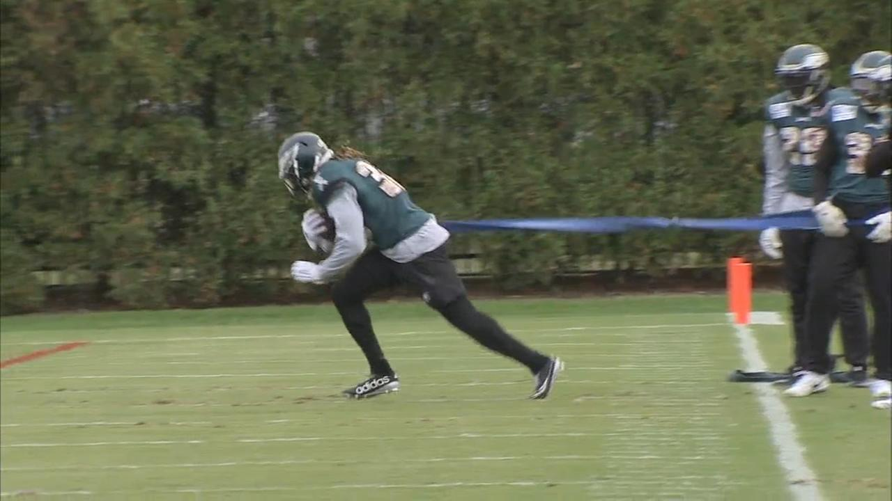 Sports Flash:Eagles New Running Back