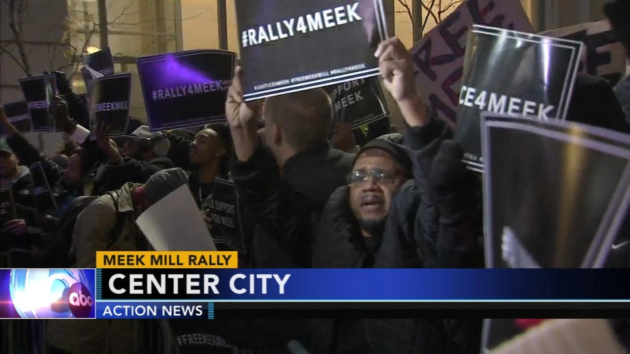 Fans rally in support of rapper Meek Mill
