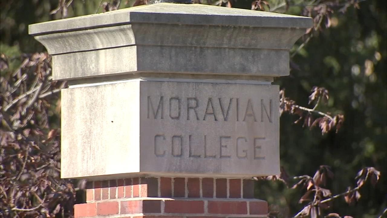 Man grabs, tries to abduct Moravian College student