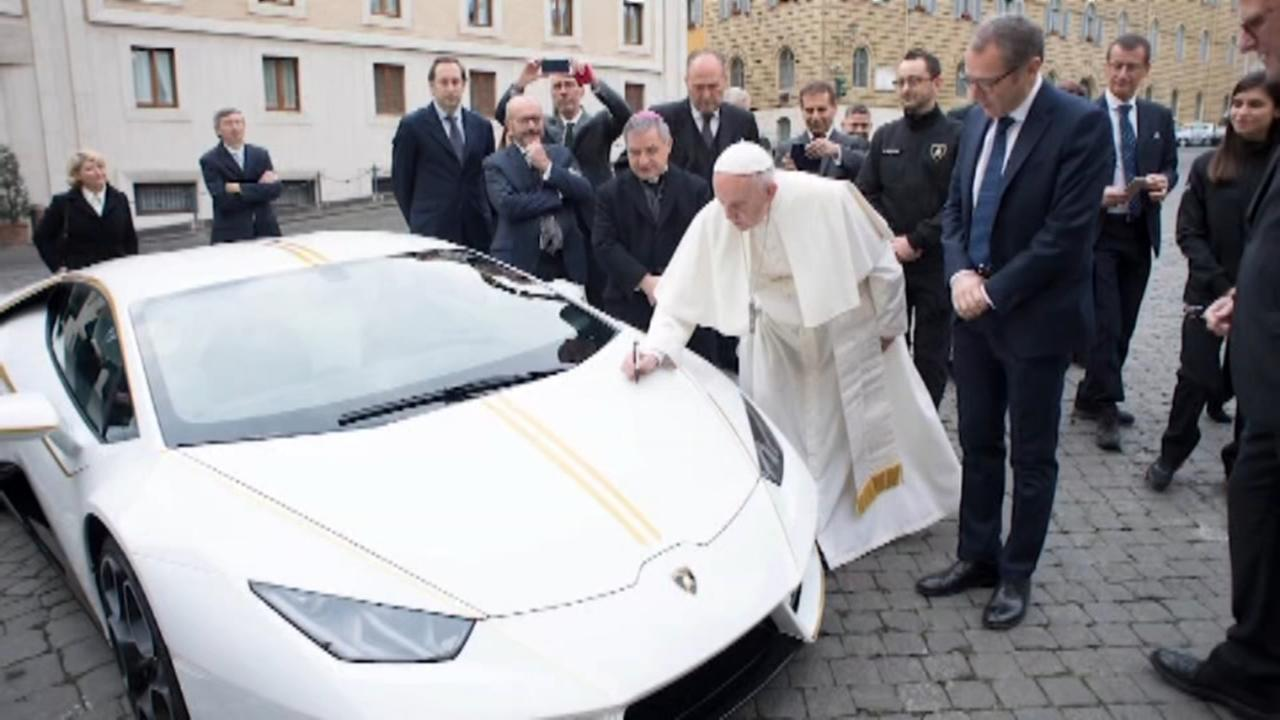 Pope Francis gets keys to new Lamborghini