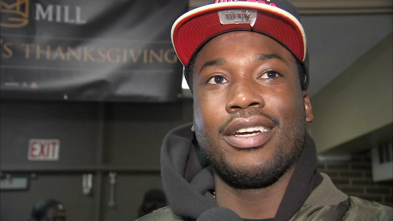 VIDEO: Meek Mill gives away turkeys to needy families