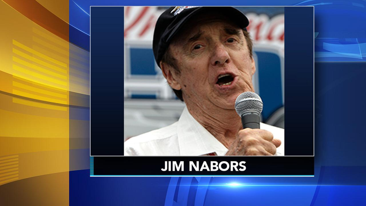 Actor and singer Jim Nabors sings Back Home Again in Indiana before the 93rd running of the Indianapolis 500 in Indianapolis, May 2009.