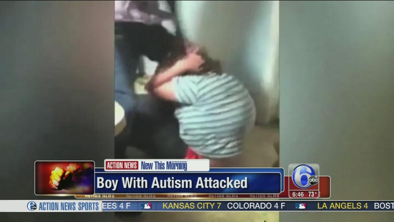 Video Aaron Hill, Teen With Autism, Attacked On Camera -4317