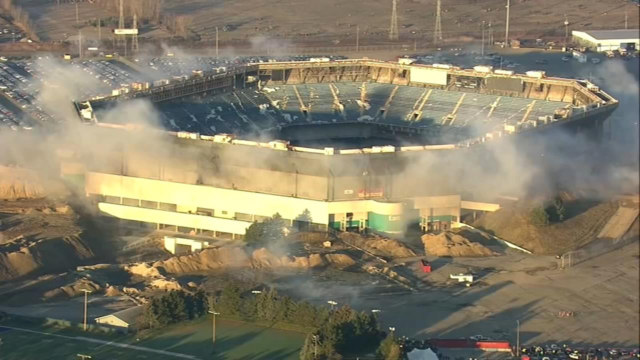 Pontiac Silverdome stands after explosions